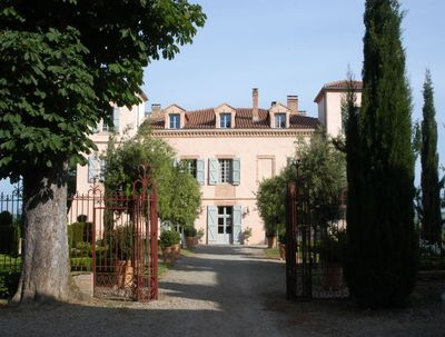 Chateaufront